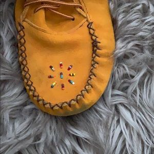 Shoes - Authentic leather moccasins 🇨🇦